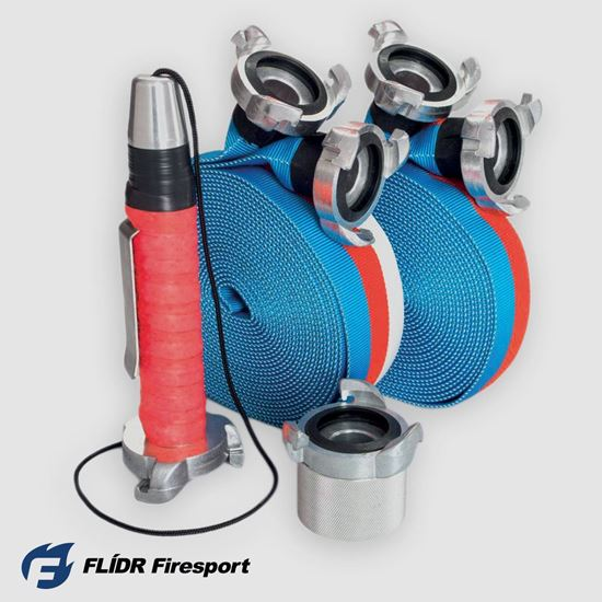 Prověřená a oblíbená stuha TRIKOLORA na 60 m překážek v národních barvách, nově vyzbrojená zdokonalenými spojkami Rott TWIST 2.0 naší výroby